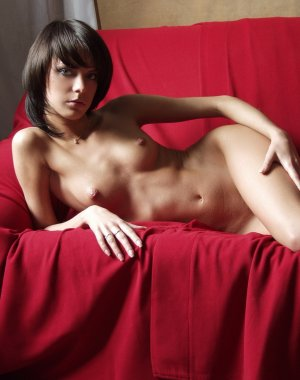 Elisabet high end call girl Indio